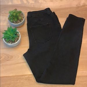 2/$15 Maurices High waisted black jeans